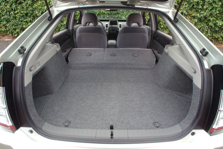 2004 toyota prius trunk picture pic image. Black Bedroom Furniture Sets. Home Design Ideas