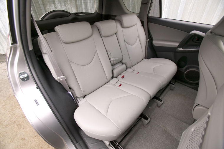 2008 Toyota Rav4 Limited Rear Seats Picture Pic Image