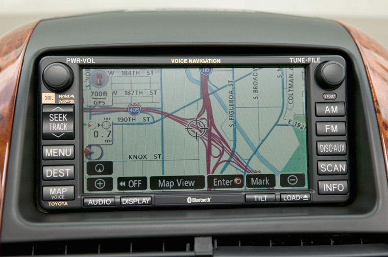 2008 Toyota Sienna Navigation Screen - Picture / Pic / Image