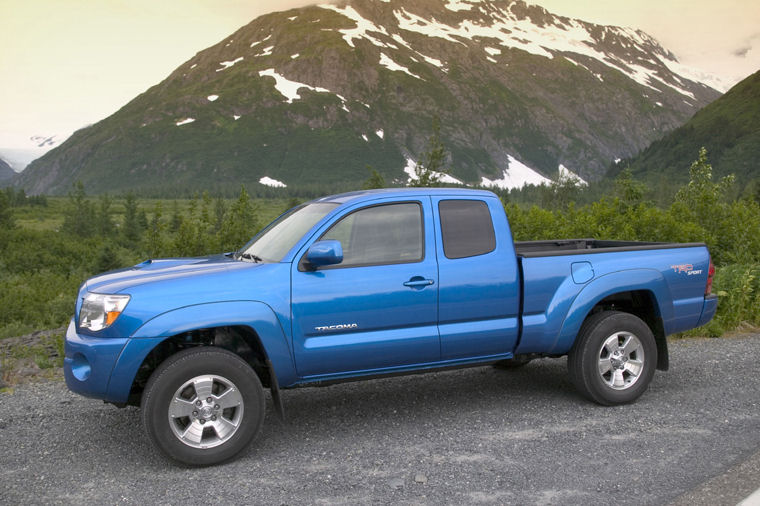 2008 Toyota Tacoma PreRunner Access Cab Picture