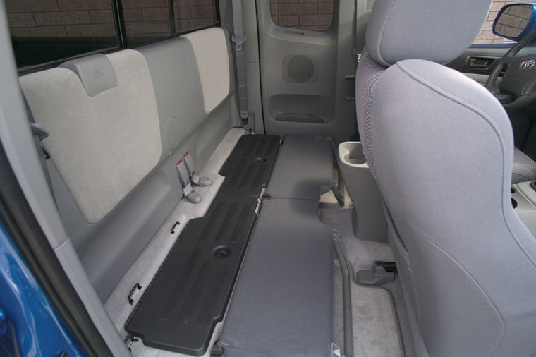 2008 Toyota Tacoma Prerunner Access Cab Rear Seats Folded
