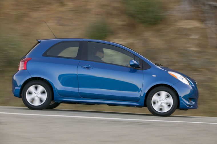 2008 Toyota Yaris S Hatchback Picture Pic Image