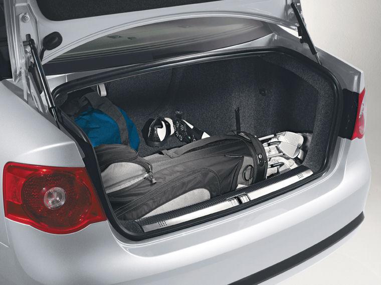 2007 Volkswagen Jetta Trunk - Picture / Pic / Image